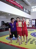 散打昇級晉段與競賽:泰佑啟倫與俊翰選手合影