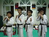 跆拳道昇級晉段與競賽:黑帶四人組