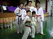 跆拳道昇級晉段與競賽:我與本館參賽學員合影