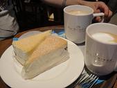 韓國首爾day3:點了起司蛋糕+香草拿鐵