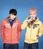 Super Junior:FjOGCrz.jpg