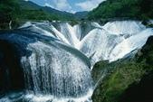 世界各地迷人的風光:中國九寨溝珍珠灘瀑布.jpg