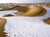 世界十大迷人沙漠:1、被雪覆蓋的沙漠:塔克拉瑪幹沙漠
