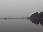 杭州-西湖:FILE0011-西湖-白堤.JPG