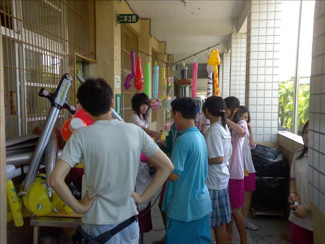 台南安南國中園遊會:1314976889.jpg