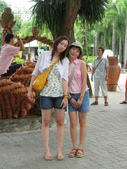 泰國初體驗畢旅篇--同學拍的:1128053010.jpg