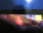 15-04-02(2)加拿大-安大略省-尼加拉瀑布和桌岩瀑布後探險:尼加拉瀑布54瀑布後探險。介紹晚間打燈.JPG