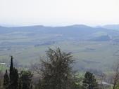 14-03-29(3)托斯卡尼-蒙特普魯查諾(暮光之城):蒙特普魯查諾3平台上眺望托斯卡尼的鄉野景色。.JPG