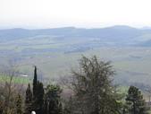 14-03-29(3)托斯卡尼-蒙特普魯查諾(暮光之城):蒙特普魯查諾2平台上眺望托斯卡尼的鄉野景色。.JPG
