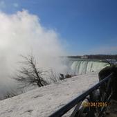 15-04-02(2)加拿大-安大略省-尼加拉瀑布和桌岩瀑布後探險:尼加拉瀑布16馬蹄瀑布,岸邊觀看.JPG
