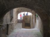 14-03-29(3)托斯卡尼-蒙特普魯查諾(暮光之城):蒙特普魯查諾10建於1203年,後來成為防衛要塞,為了抵禦佛羅倫薩人的侵犯,築起高高的圍墻.JPG