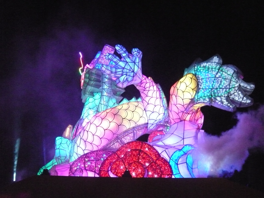 12-02-13(5)彰化-鹿港(2012年台灣燈會):燈會21主燈秀-龍翔霞蔚.JPG