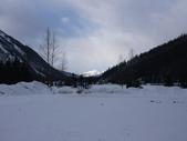 13-03-18(4)費爾德鎮-觀光局資訊中心:費爾德資訊中心1附近被雪封的兒童遊樂場.JPG