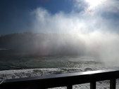 15-04-02(2)加拿大-安大略省-尼加拉瀑布和桌岩瀑布後探險:尼加拉瀑布41瀑布後探險。第一處樓上所看景像.JPG