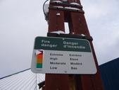 13-03-18(4)費爾德鎮-觀光局資訊中心:費爾德資訊中心6火災的指示牌,怎麼還停留在紅色的啊!明明是下雪天的.JPG