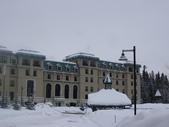 13-03-17(5)班夫國家公園-露易絲湖和露易絲湖城堡飯店:露易絲湖5飯店外觀.JPG