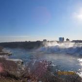 15-04-02(2)加拿大-安大略省-尼加拉瀑布和桌岩瀑布後探險:尼加拉瀑布4左側跨越美國與加拿大邊境的彩虹橋