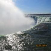 15-04-02(2)加拿大-安大略省-尼加拉瀑布和桌岩瀑布後探險:尼加拉瀑布26馬蹄瀑布。平均流量2,407立方公尺秒,與伊瓜蘇瀑布、維多利亞瀑布並稱為世界三大跨國瀑布.JPG
