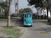 18-03-03(1)雲林縣-斗六市-九九莊園:九九莊園18色彩繽紛的遊園小火車。