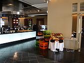 09-10-31(1)日本-大阪- HOTEL UNIVERSAL PORT:UNIVERSAL28餐廳外.JPG