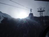 13-03-17(8)班夫國家公園-硫磺山纜車:硫磺山纜車11纜車內眺望.JPG