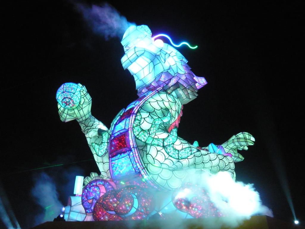 12-02-13(5)彰化-鹿港(2012年台灣燈會):燈會9主燈秀-龍翔霞蔚.JPG