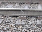 13-03-18(10)老鷹峽谷-最後一根釘紀念碑:紀念碑20亮晶晶的就是最後一根釘