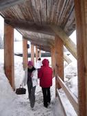 13-03-17(3)冰河國家公園-羅傑士峽道遊客中心:羅傑士峽道遊客中心6通道.JPG