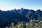百岳-大霸尖山:大霸尖山 由喀啦業山看