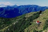 高山湖泊-嘉明湖:向陽山麓下避難山屋