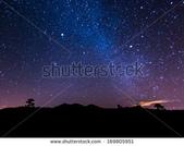 星空:stock-photo-the-milky-way-above-volcano-teide-at-the-island-od-tenerife-169805951.jpg