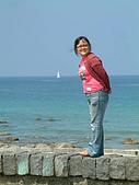 960728東北角一日遊:背後的小帆船~很棒唷!