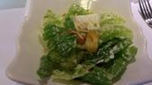 1010806小聚會~梵谷餐廳:沙拉~單點加上100元就有其他餐點