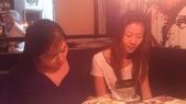 1020831梅友人~桃園FRIDAY聚:巧&靜如先到,先點了2盤菜,他們晚到就慢慢點餐