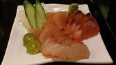 1010413平鎮黑潮魚料理:綜合生魚片~旗魚,紅(魚甘),雙帶(魚參)~因為不愛吃鮭魚,所以換成雙帶參