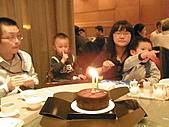 991223允昱2歲生日慶生會IN古華明皇樓:點蠟燭囉!