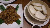 1011018南港餡老滿餃子館~下飛機第一餐:京醬肉絲~給小朋友吃的,他們挺愛的