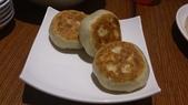 1011018南港餡老滿餃子館~下飛機第一餐:牛肉餡餅~很多湯汁