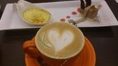 1011103梅友人~白木屋旗艦店:熱拿鐵~不錯喝,咖啡很有味