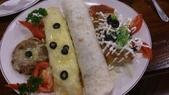 1010810天母鄉香美式墨西哥餐廳~下飛機第一餐:綜合的墨西哥捲餅~好吃,但是個別的味道忘記了