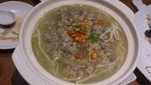 1011018南港餡老滿餃子館~下飛機第一餐:酸湯肥牛~有點由,有點酸,打包回家煮麵很好吃