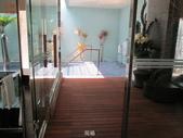 台中市汽車旅館馬賽克磁磚游泳池止滑施工:6現場-止滑大師-止滑劑防滑劑止滑防滑施工