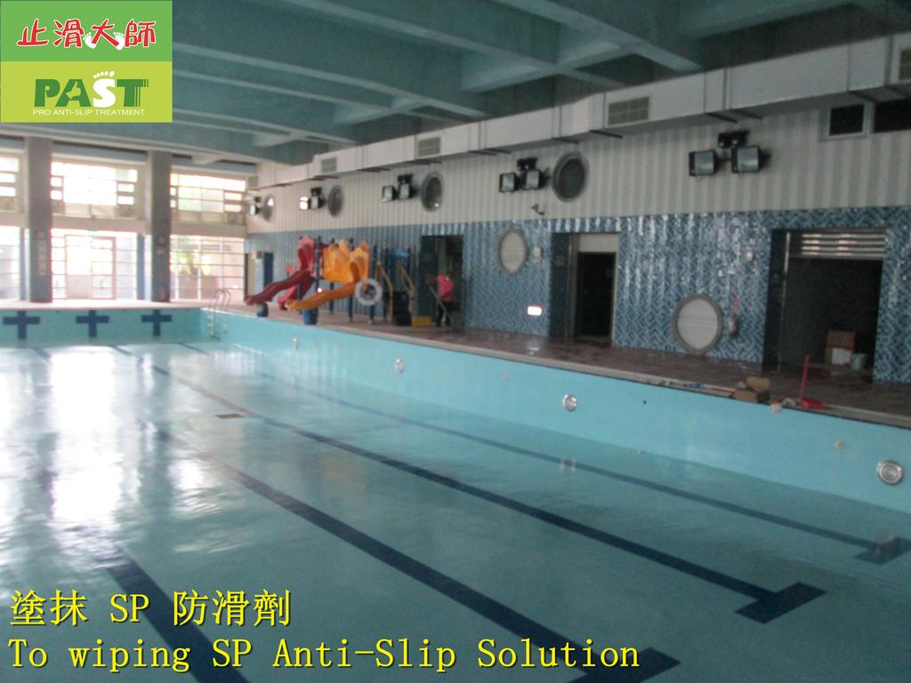 1854 學校-室內-游泳池池畔-紅磚地面止滑防滑施工工程 - 相片:1854 學校-室內-游泳池池畔-紅磚地面止滑防滑施工工程 - 相片 (25).JPG