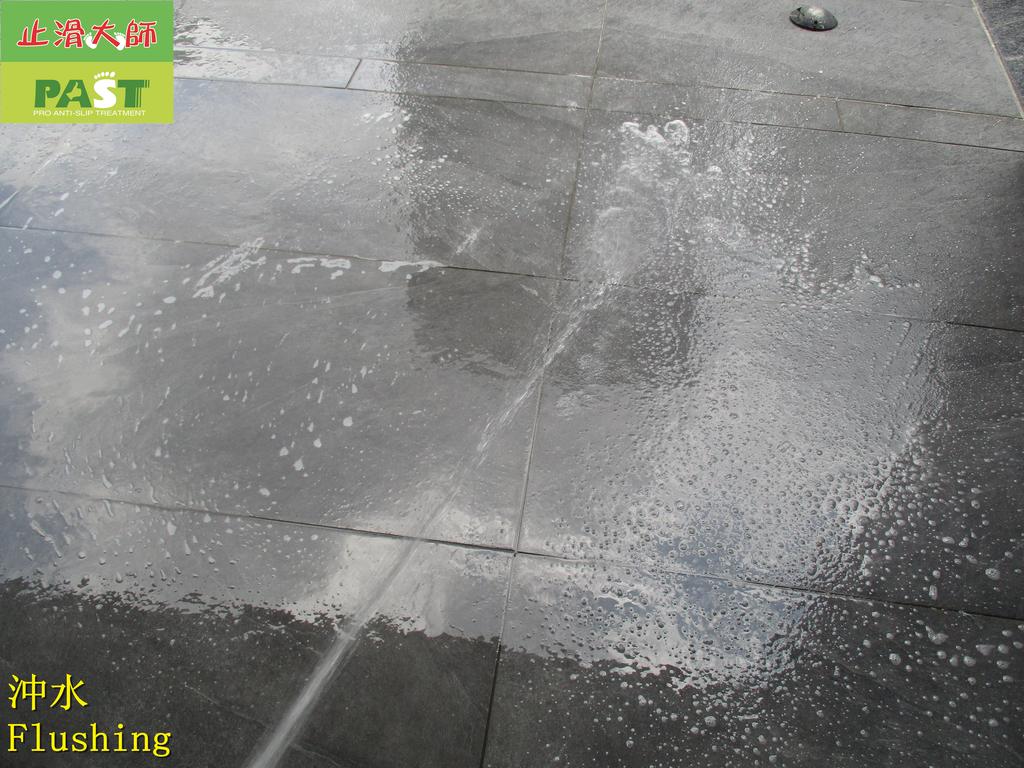 1692 社區-戶外-入口-花園走道-中硬度磁磚地面止滑防滑施工工程 - 相片:1692 社區-戶外-入口-花園走道-中硬度磁磚地面止滑防滑施工工程 - 相片 (42).JPG