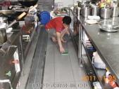 廚房-緻麗伯爵酒店地面止滑施工-相片版-止滑大師Anti-Slip Pro創業加盟連鎖止滑液防滑劑止:14.13樓中式廚房-施工中-止滑大師-止滑劑防滑劑止滑防滑施工