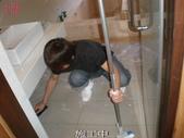 湯唯溫泉飯店地面止滑防滑施工:15浴室施工中1-止滑大師Anti- slit Pro創業加盟連鎖止滑液防滑劑止滑防滑專業施工地坪瓷磚浴室防滑止滑