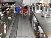 廚房-緻麗伯爵酒店地面止滑施工-相片版-止滑大師Anti-Slip Pro創業加盟連鎖止滑液防滑劑止:15.13樓中式廚房-施工中-止滑大師-止滑劑防滑劑止滑防滑施工