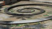 哈魚碼頭噴水池磁磚地面殘膠清除止滑施工-魚池青苔清除-木板走道污垢清除-魚市拍賣區地面污垢清除:7噴水池殘膠-止滑大師-止滑劑防滑劑止滑防滑施工