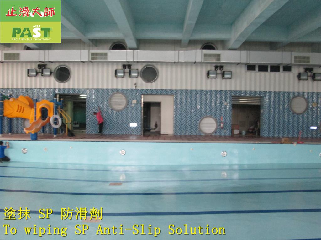 1854 學校-室內-游泳池池畔-紅磚地面止滑防滑施工工程 - 相片:1854 學校-室內-游泳池池畔-紅磚地面止滑防滑施工工程 - 相片 (27).JPG