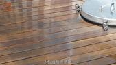 哈魚碼頭噴水池磁磚地面殘膠清除止滑施工-魚池青苔清除-木板走道污垢清除-魚市拍賣區地面污垢清除:8木板道地面清除-止滑大師-止滑劑防滑劑止滑防滑施工
